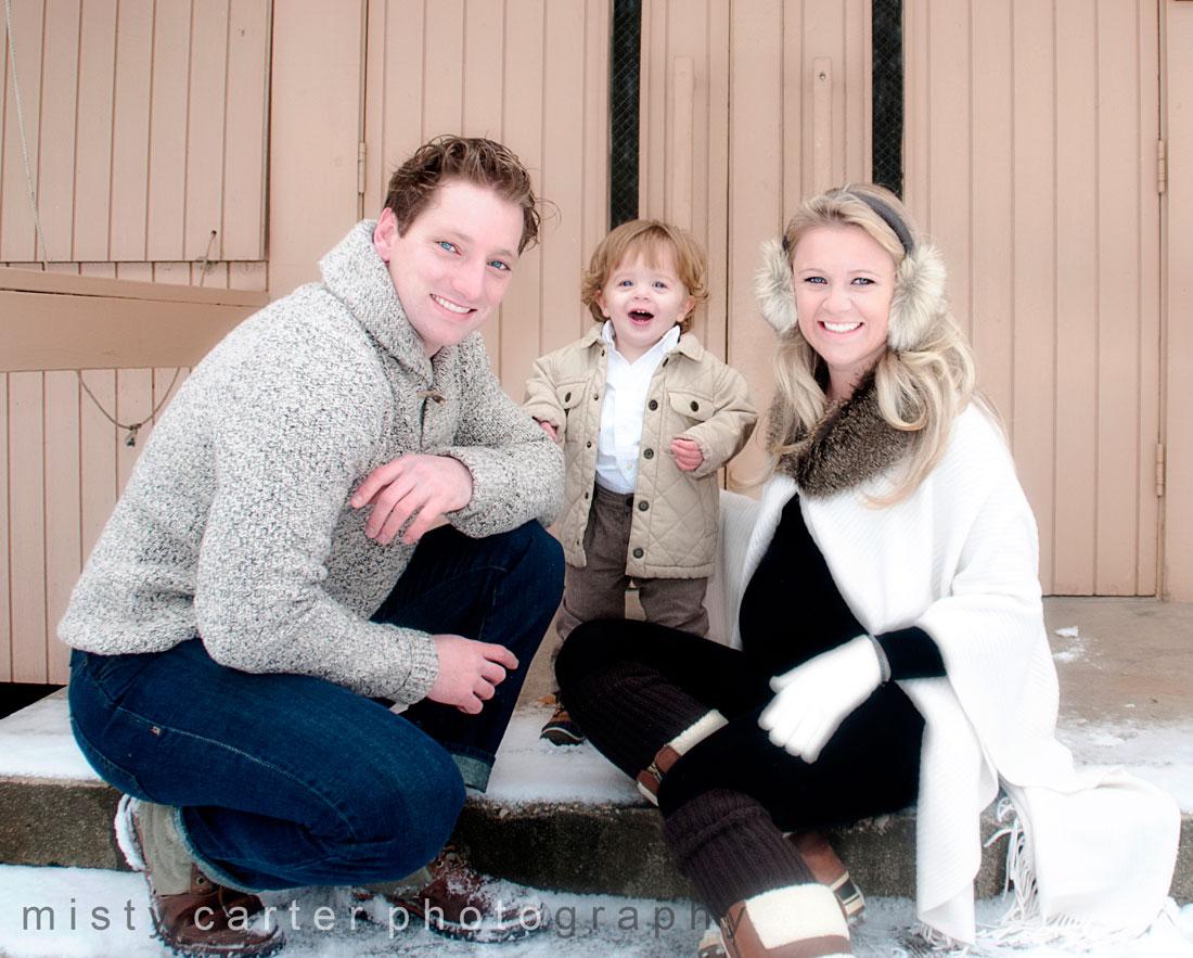 family maternity portraits winter snow 4931 modern senior and