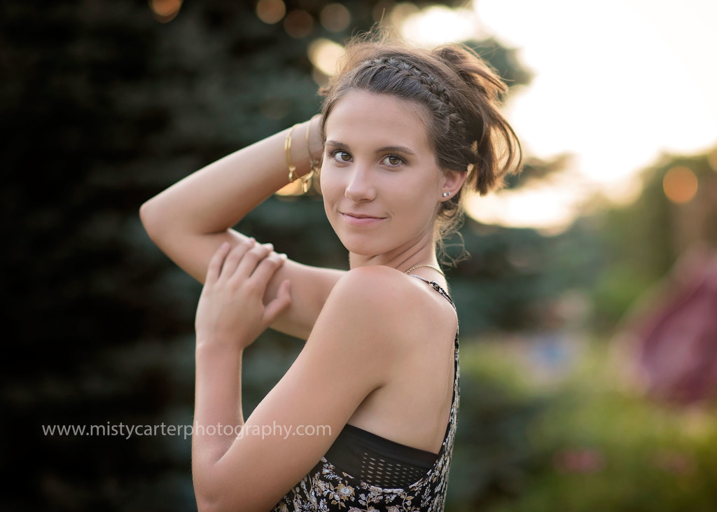 sassy senior pictures with hair up