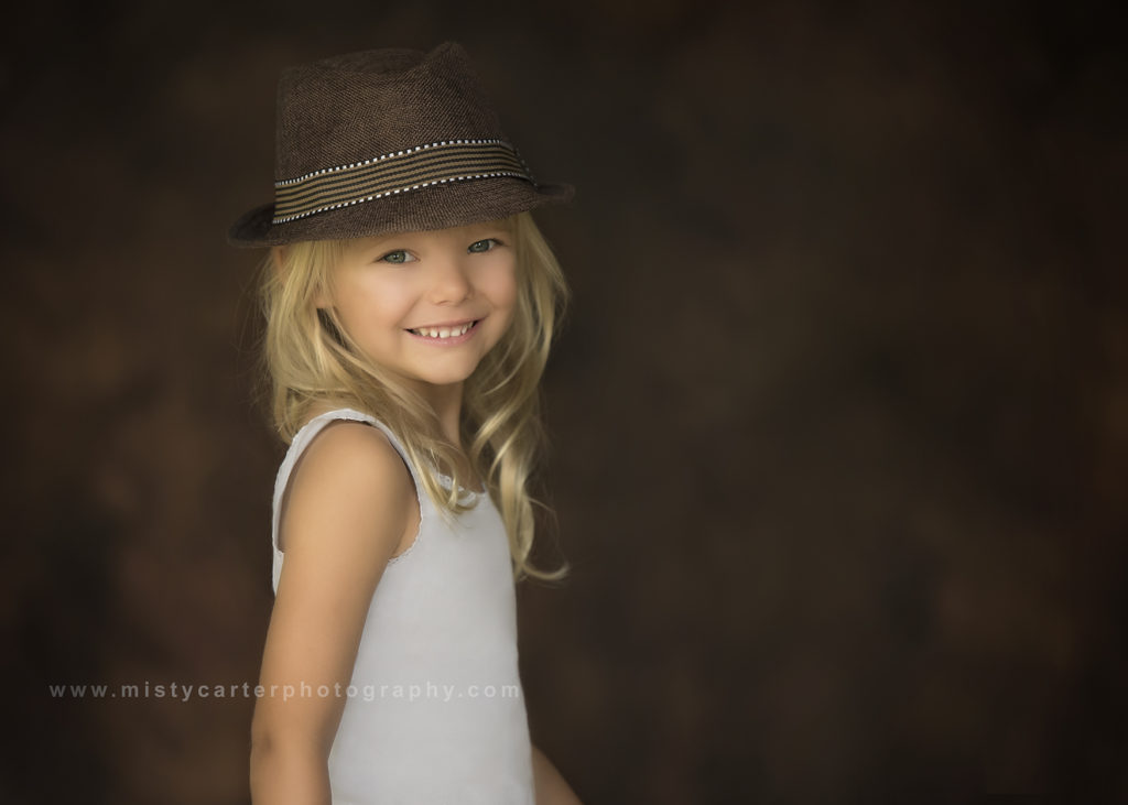 natural smile young girl in hat